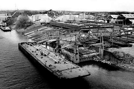 Historical Photo of Nashville Bridge Company Barge